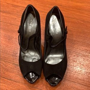Women's high heels, size 9M